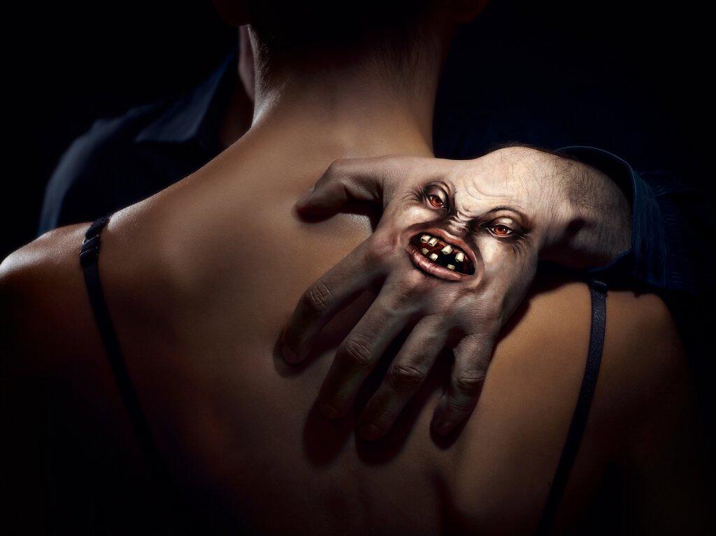 Böse Hand - Frauennotruf