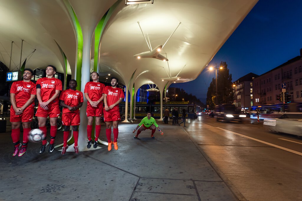 ADAC Reisemagazin München - Fussballmannschaft FC Schwabing 56